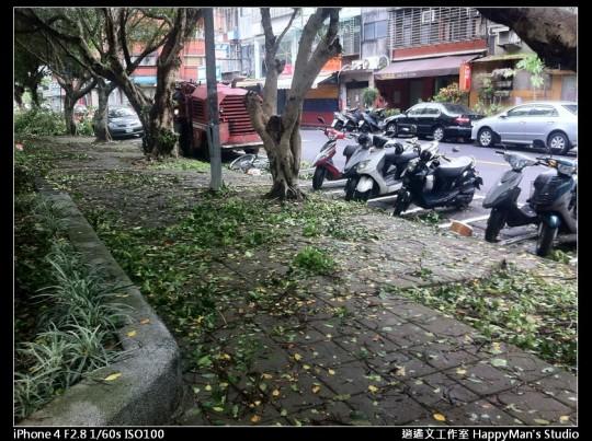 被蘇力颱風掃過的校園 (18)