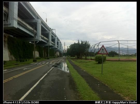 被蘇力颱風掃過的福和河堤 (2)