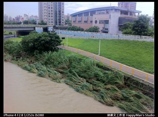 被蘇力颱風掃過的福和河堤 (21)