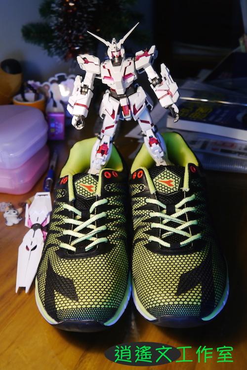 DIADORA 男輕量慢跑鞋00010