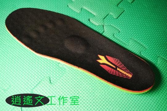 DIADORA 男輕量慢跑鞋00011