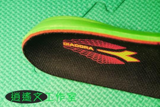 DIADORA 男輕量慢跑鞋00013