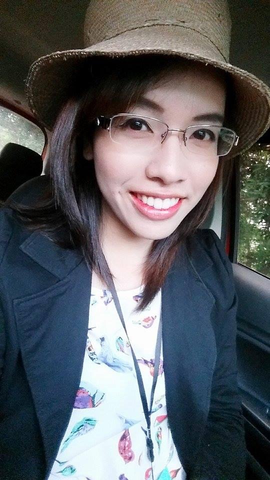 泰國女孩與大甲草帽