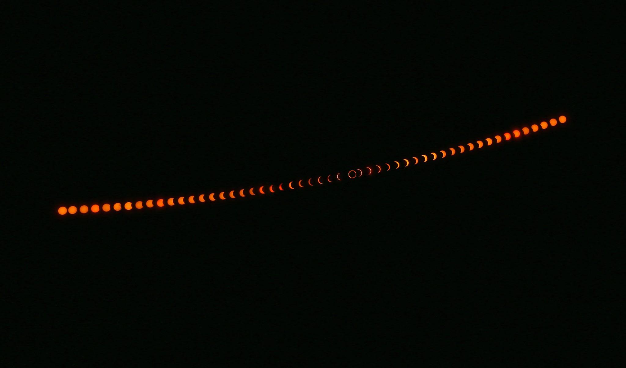 2020e697a5e792b0e89d95-annular-solar-eclipsee980a3e7ba8ce5a4aae999bd
