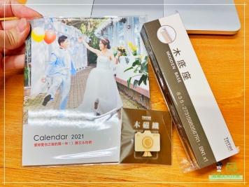 [婚禮] 婚紗木座桌曆3